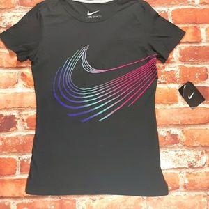 NWT Nike check logo Black slim fit t shirt size S